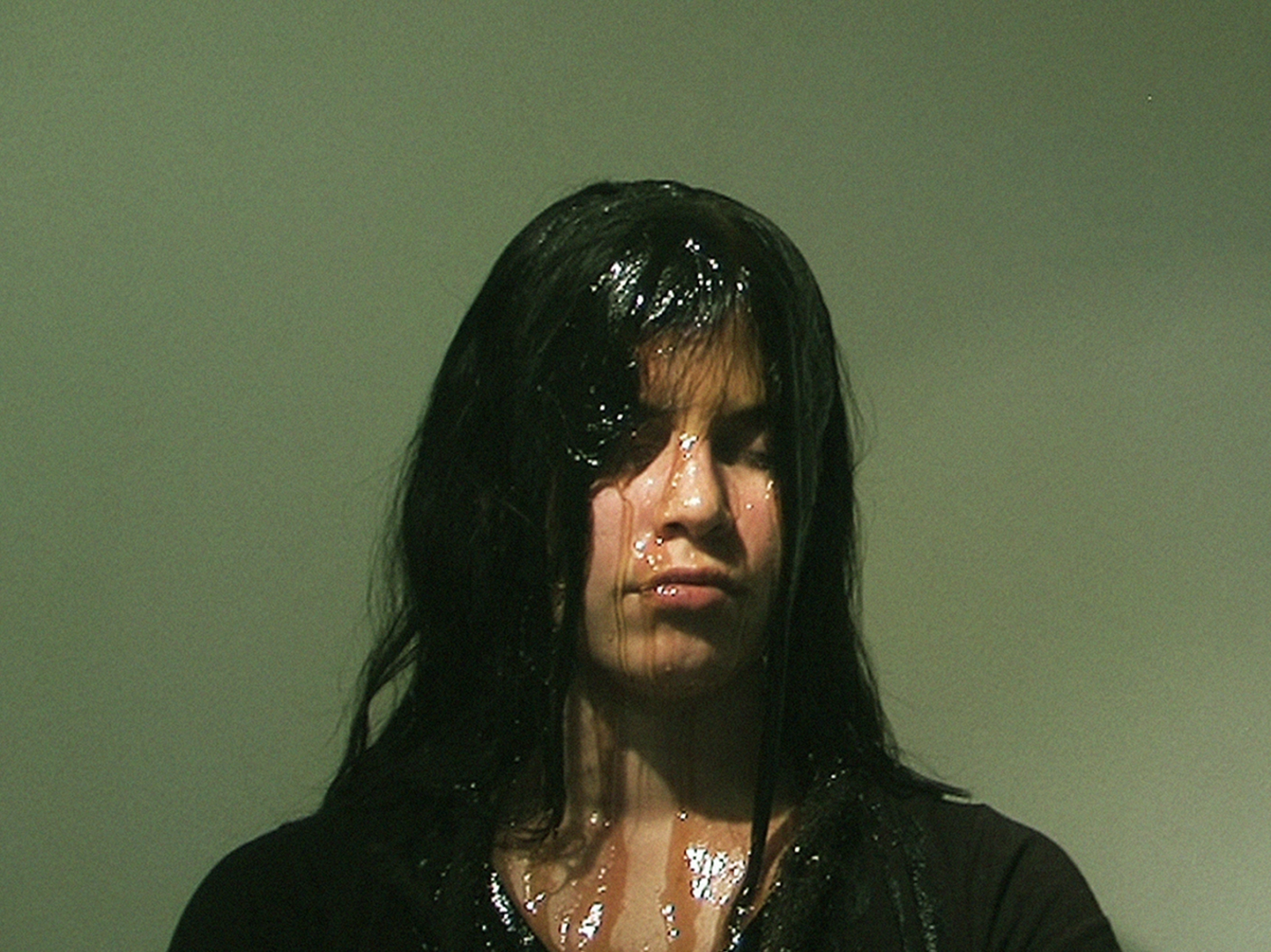 9. A drop of honey, 2013 - Performance, Video Still (Naivy Perez)
