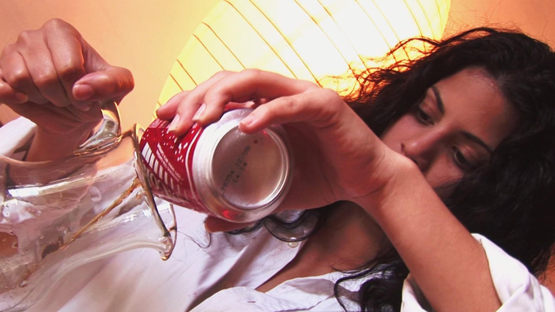 5.-Merienda-2009-Video-Performance-Naivy-Perez